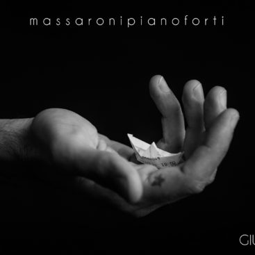 massaronipianoforti-giu
